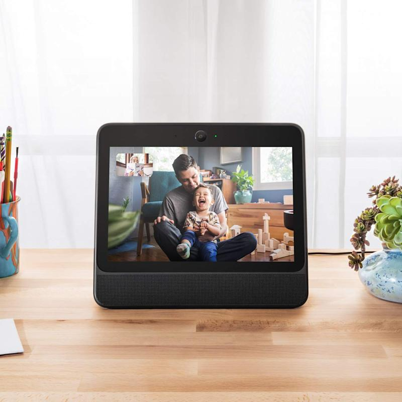 Save $70 on the facebook Portal smart display. (Photo: Amazon)
