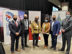 Left to right Premier Furey, Premier of Newfoundland and Labrador Shayne McDonald, Miawpukek First Nation Chief Mi'sel, Miawpukek First Nation Chief Sharleen Gale, FNMPC Leo Power, LNG NL Minister Parsons, Minister of Industry, Energy and Technology, Government of Newfoundland and Labrador