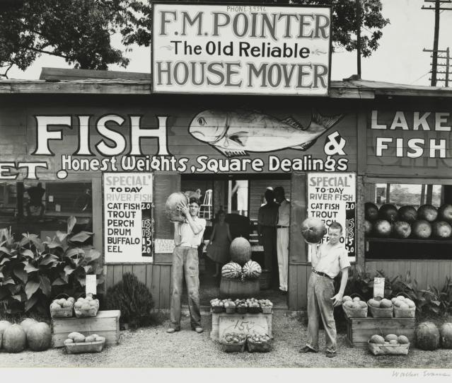 <p>Roadside stand, vicinity of Birmingham, Ala., 1936. (Photo: The Cleveland Museum of Art, Wishing Well Fund, 1975.36. © Walker Evans Archive, The Metropolitan Museum of Art) </p>