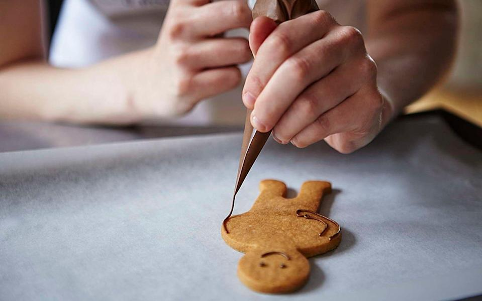 The School of Icing by Biscuiteers