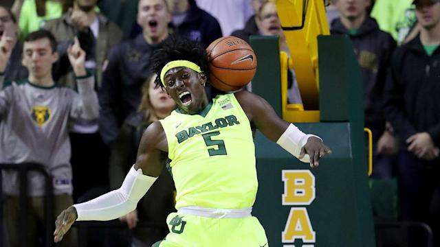March Madness 2017: Baylor meets South Carolina in Sweet 16 of NCAA Tournament.