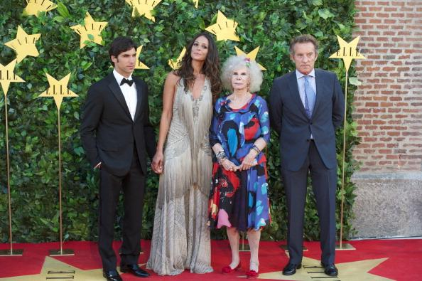 MADRID, SPAIN - JUNE 30: (L to R) Spanish bullfigther Cayetano Rivera, model Eva Gonzalez, Duchess of Alba, Cayetana Fitz-James Stuart and Alfonso Diez attend ELLE Awards 25th Anniversary at the Matadero cultural center on June 30, 2011 in Madrid, Spain. (Photo by Carlos Alvarez/Getty Images)