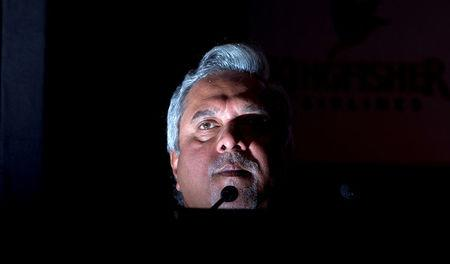 FILE PHOTO: Kingfisher Airlines Chairman Vijay Mallya speaks to the media during a news conference in Mumbai, November 15, 2011.  REUTERS/Vivek Prakash/File Photo