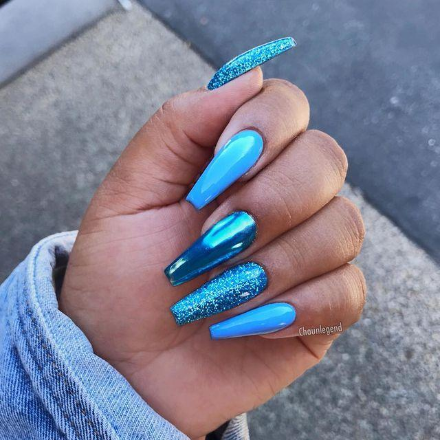 """<p>Mix and match your polish textures, like this manicure which incorporates cream, metallic and glitter.</p><p><a href=""""https://www.instagram.com/p/Bnz0X6Bhj7h/"""" rel=""""nofollow noopener"""" target=""""_blank"""" data-ylk=""""slk:See the original post on Instagram"""" class=""""link rapid-noclick-resp"""">See the original post on Instagram</a></p>"""