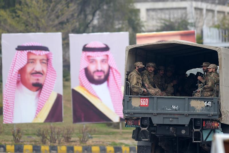 Pakistan has laid on a lavish welcome for the Saudi crown prince, including a 21-gun salute and fighter jet escort (AFP Photo/AAMIR QURESHI)