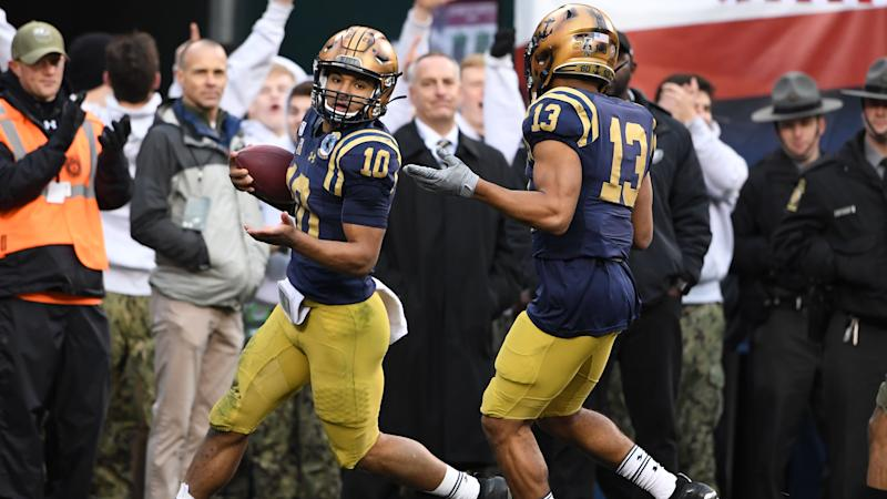 Navy pulls off the Philly Special against Army on the Eagles' field