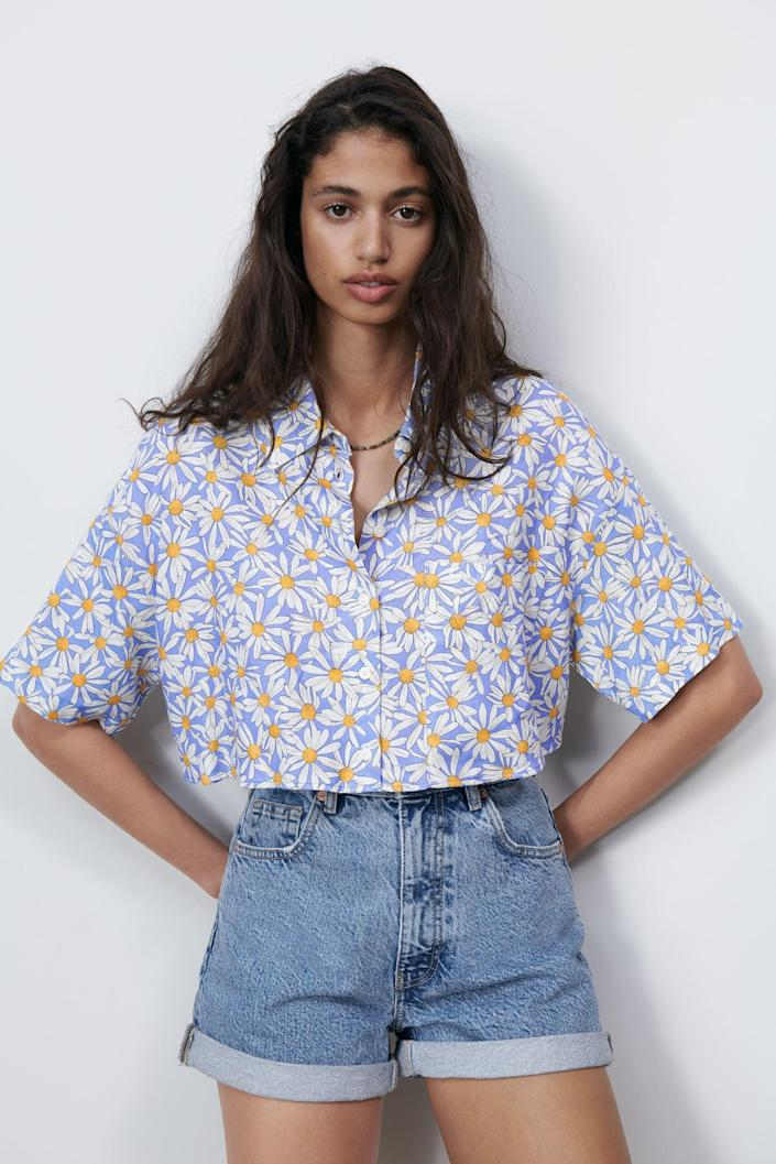 <p>This <span>Zara Printed Linen Blend Shirt</span> ($36) is the perfect length for high-waisted jeans.</p>