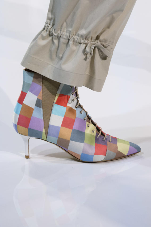 <p><i>Color-block booties from the SS18 Emporio Armani collection. (Photo: ImaxTree) </i></p>