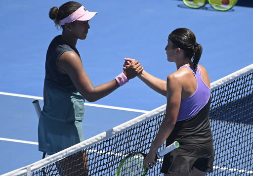 Serena Williams knocks out Simona Halep to reach Australian Open quarter-finals