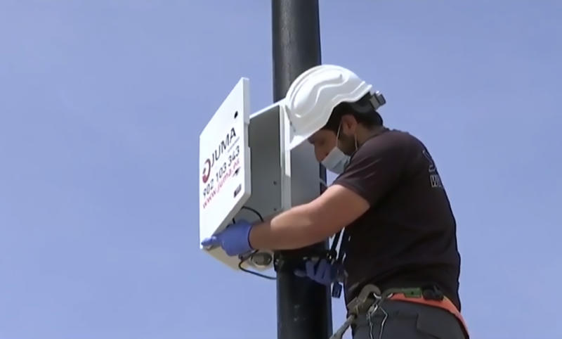 The new system being installed in the beaches of Fuengirola. Source: Newsflash/australscope