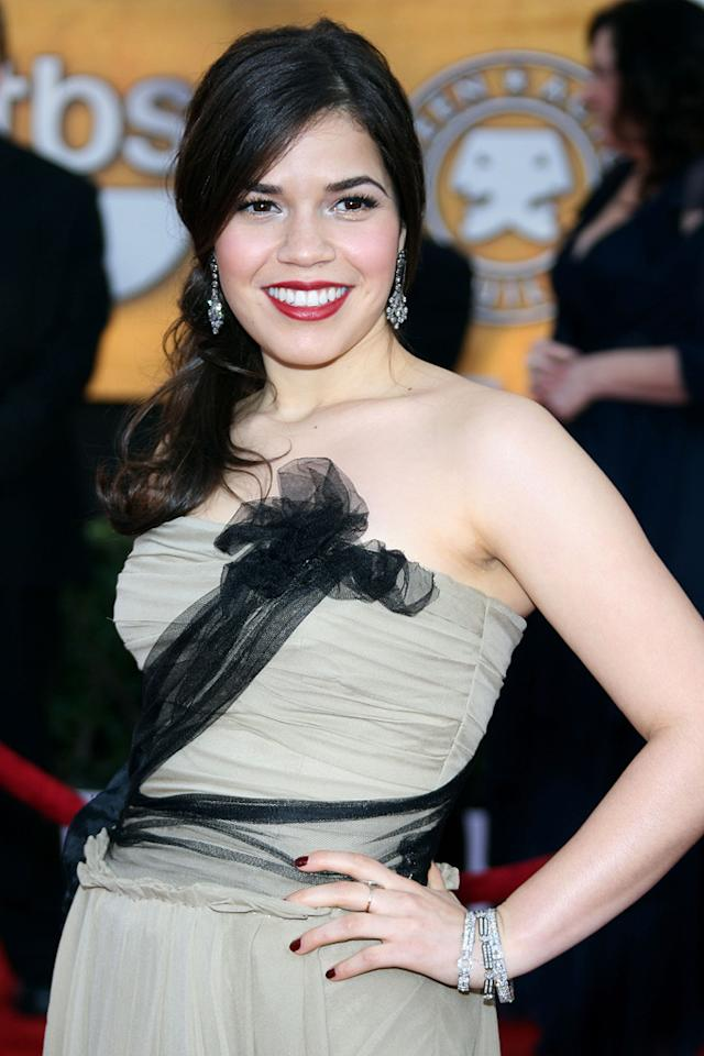 "<a href=""http://movies.yahoo.com/movie/contributor/1807809245"">America Ferrera</a> at the 15th Annual Screen Actors Guild Awards in Los Angeles - 01/25/2009"