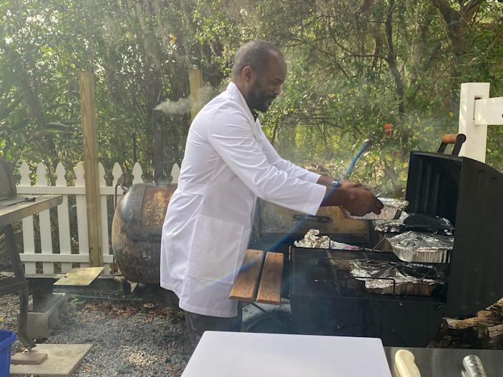 Today, Chef Mann serves his own barbecue at Munchie's Live BBQ, an outdoor barbecue restaurant near Orlando, Florida. (Terri Peters)