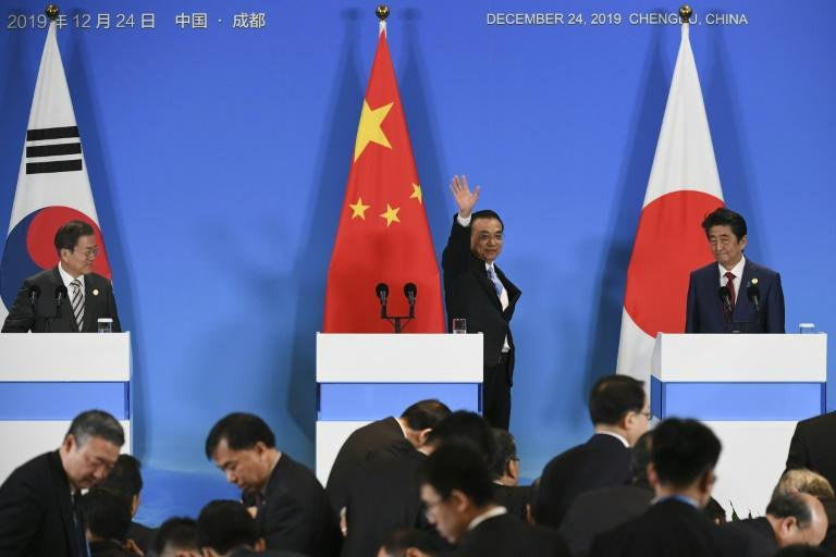 Chinese Premier Li Keqiang hosts the leaders of Japan and South Korea, with their nations focused on North Korea's nuclear ambitions (AFP Photo/WANG ZHAO)