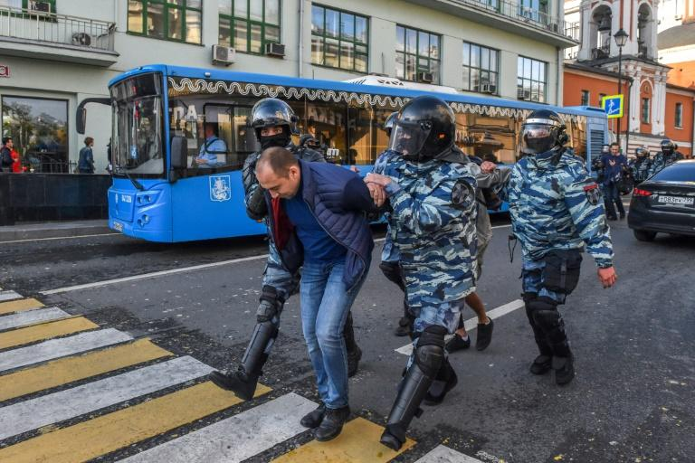 A total of 71 people were detained in Moscow and a further 80 in Saint Petersburg (AFP Photo/Vasily MAXIMOV)
