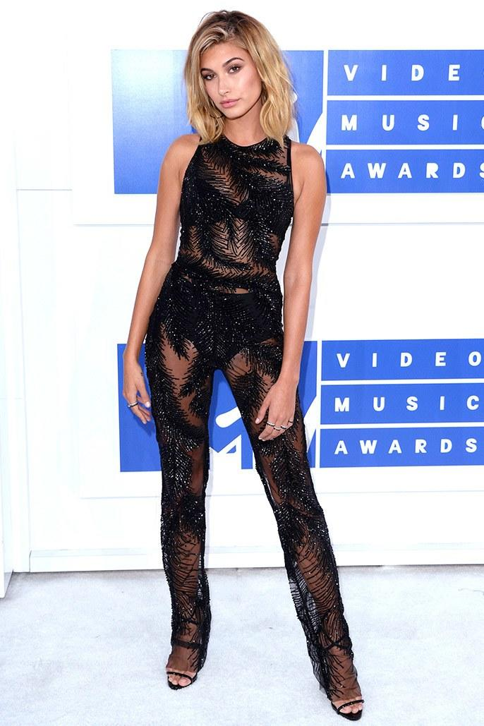 Wearing Georges Chakra at the VMAs in August 2016.