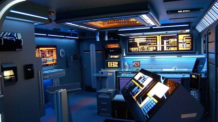 The interior of Tony Alleyne's apartment in Leicestershire has been renovated to look exactly like the USS Enterprise.