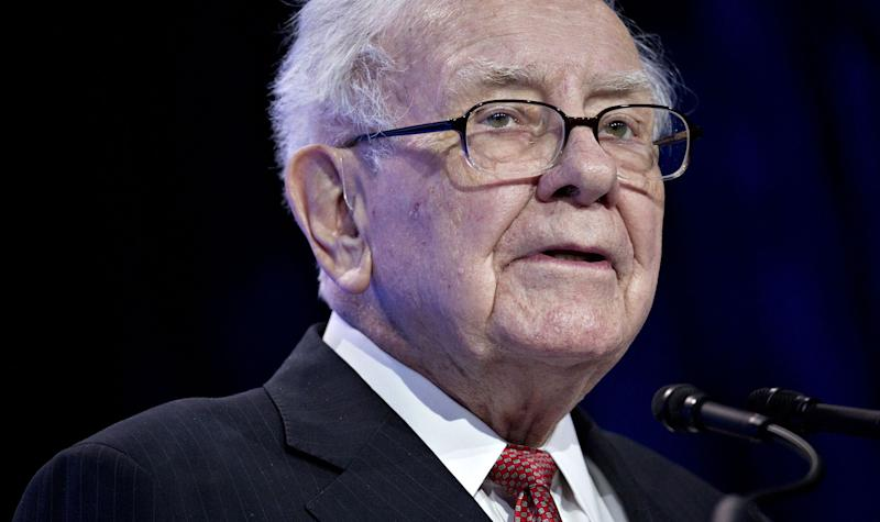 Buffett buys stakes in Japanese trading firms
