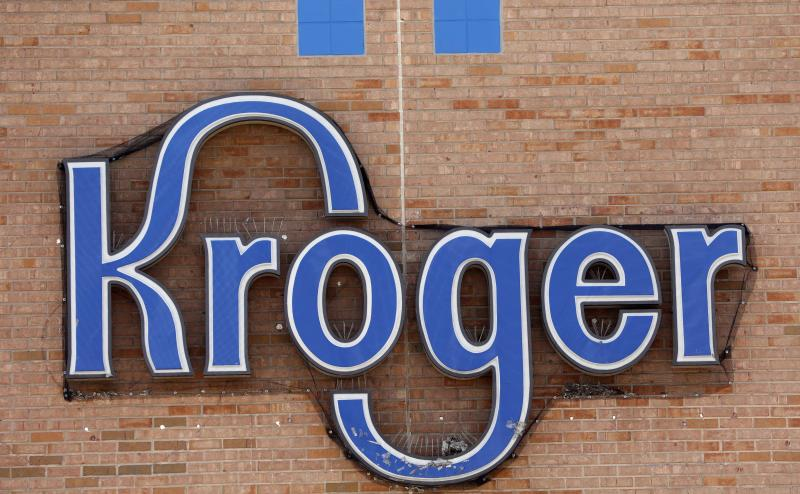Kroger rides out a storm, competitive and meteorological