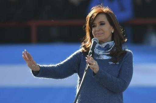 Kirchner back as Argentina names key vote contenders