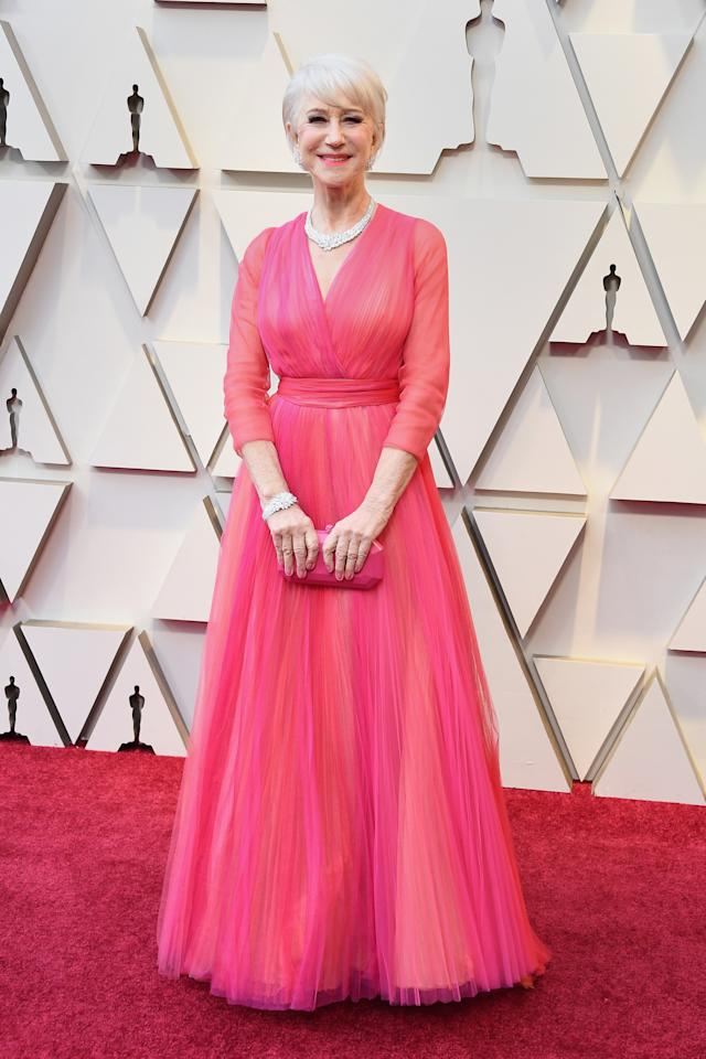 <p>The Oscar winner looked elegant in a coral gown by Schiaparelli as she arrived to cheering fans at the 91st Academy Awards. <em>[Photo: Getty]</em> </p>
