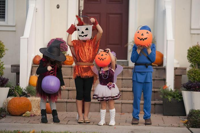 """<p>In most places trick or treaters simply have to arrive in costume in order to get their Halloween candy, but that's not the case in Des Moines. The Des Moines Register explains that, as part of their Beggars' Night ritual, <a href=""""https://www.desmoinesregister.com/story/entertainment/2015/10/13/why-des-moines-has-beggars-night/73865998/"""" rel=""""nofollow noopener"""" target=""""_blank"""" data-ylk=""""slk:kids also have to do a trick or tell a joke of some sort"""" class=""""link rapid-noclick-resp"""">kids also have to do a trick or tell a joke of some sort</a> to earn their share of candy.</p>"""
