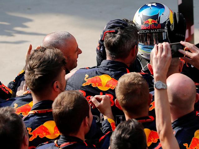 Formula One F1 - Chinese Grand Prix - Shanghai International Circuit, Shanghai, China - April 15, 2018 Red Bull's Daniel Ricciardo celebrates with his team after winning the race REUTERS/Aly Song
