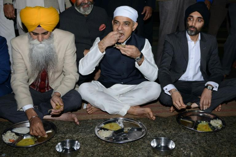 Khan also visited the Golden Temple, the most revered place for the Sikh religion