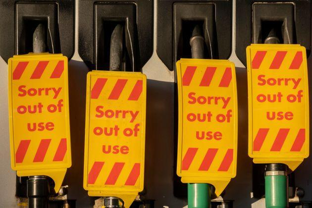 <strong>As the fuel transport crisis continues into its second week, sealed Texaco petrol and diesel pumps are covered in a closed petrol and fuel station in south London.</strong> (Photo: Richard Baker via Getty Images)