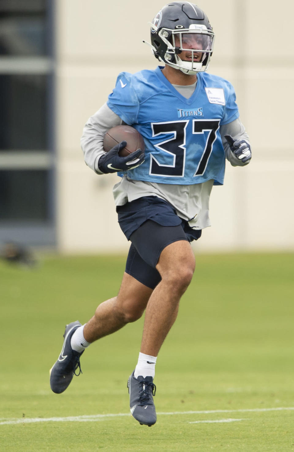 Tennessee Titans safety Amani Hooker runs a drill during an NFL football practice Thursday, June 10, 2021, in Nashville, Tenn. (George Walker IV/Pool Photo via AP)