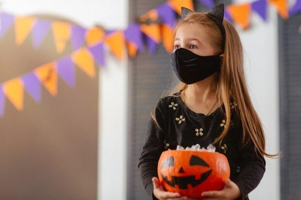 Trick or treaters should remain aware of physical distancing while out on the street,  says Dr. Heather Morrison. (Shutterstock - image credit)