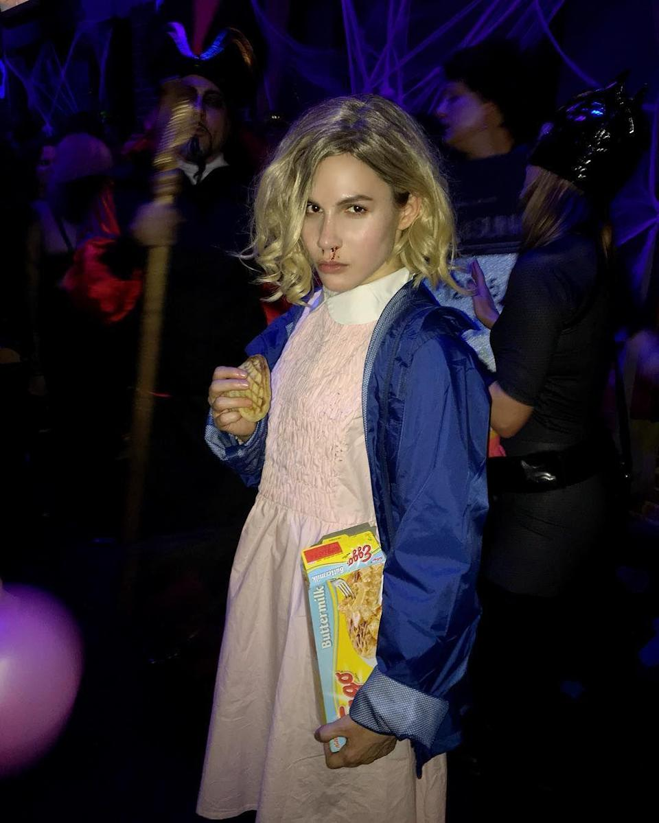 <p>Nerdy Quinn Pensky from <em>Zoey 101</em> totally nailed her costume as the <em>Stranger Things</em> heroine.</p>