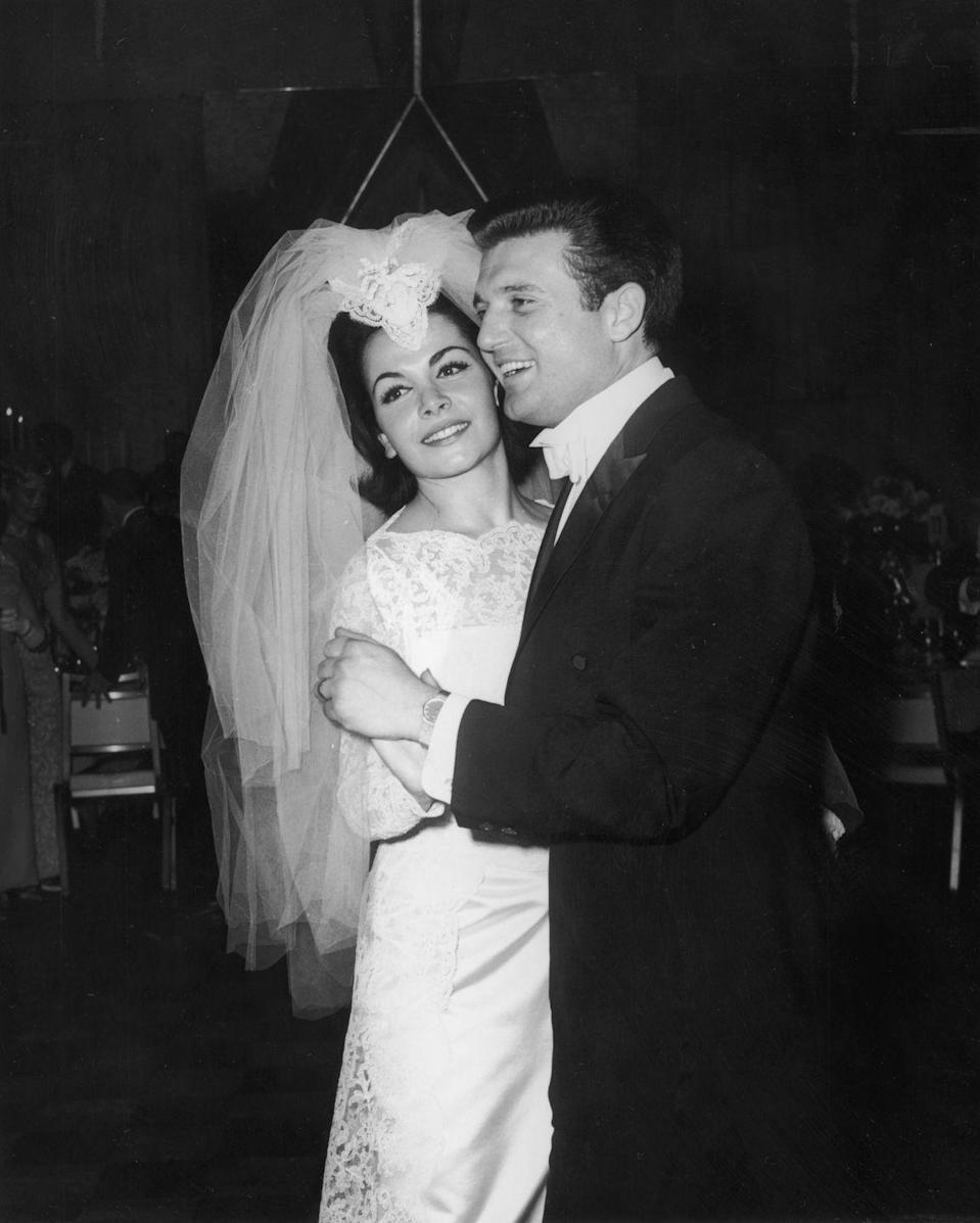 <p>Popular singer and actor Annette Funicello married her agent, Jack Gilardi, on January 9, 1965.</p>