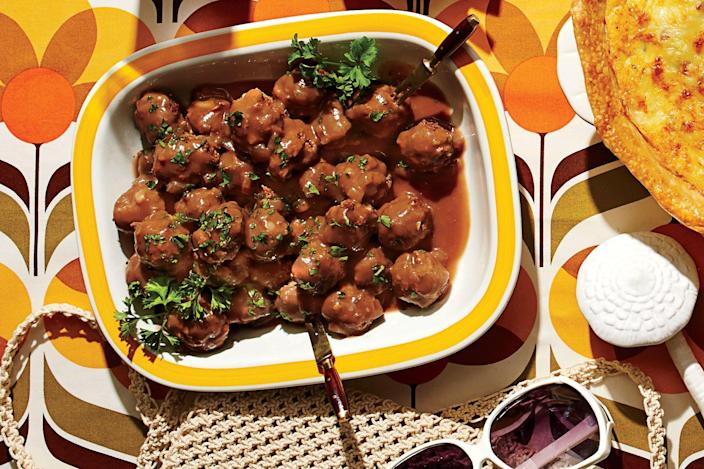 "<p><b>Recipe: <a href=""https://www.southernliving.com/recipes/cocktail-meatballs-recipe"" rel=""nofollow noopener"" target=""_blank"" data-ylk=""slk:Cocktail Meatballs"" class=""link rapid-noclick-resp"">Cocktail Meatballs</a> </b></p> <p> Nobody can resist a tray of hot, saucy cocktail meatballs. Be sure to bring a carton of toothpicks so guests can help themselves to this party-favorite appetizer.</p>"