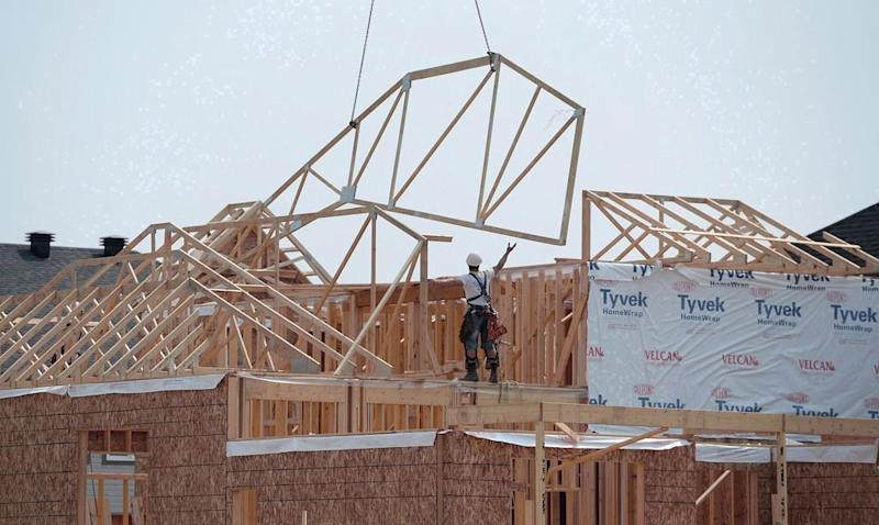 CMHC reports annual pace of housing starts in Canada picked up in August