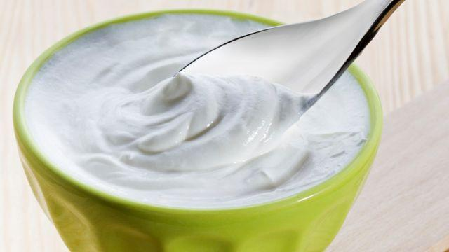 Greek yogurt vs. regular yogurt