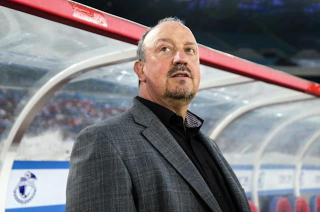 Staying in China - Dalian Yifang manager Rafael Benitez (AFP Photo/STR)