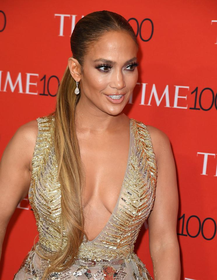 <p>Jennifer López a su llegada al evento de los 100 de Time, en Nueva York/Getty Images </p>