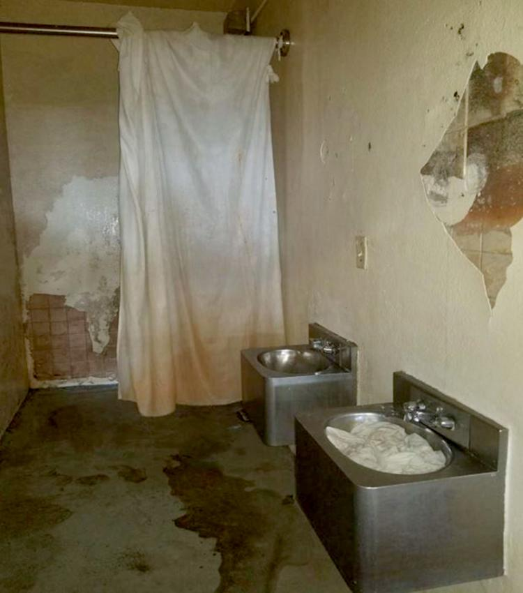 Image: An inoperable toilet inside a cell at Parchman. (Mississippi State Department of Health)
