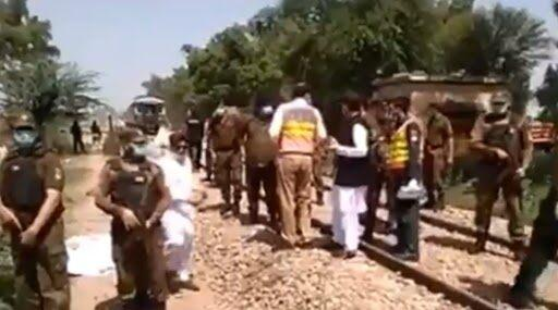 Pakistan: 19 Dead, Several Injured After Bus Carrying Sikh Pilgrims Rams Into Train in Punjab's Sheikhupura District