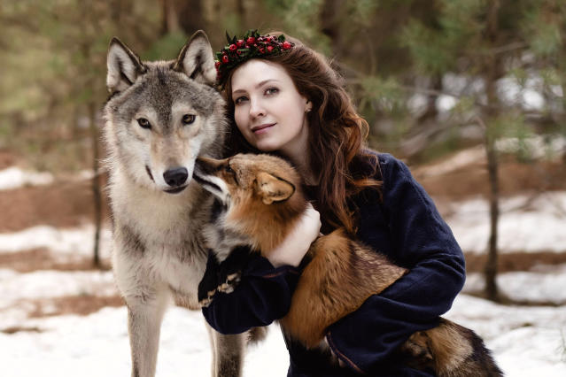 "<p>""So I started searching for other animals online to picture such as wolves and foxes."" (Photo: Olga Barantseva/Caters News) </p>"