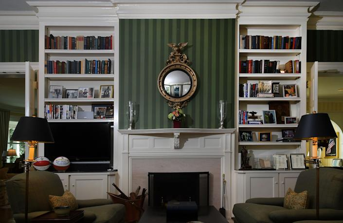 The library of the vice president's residence as it was in 2016. (Photo: The Washington Post via Getty Images)