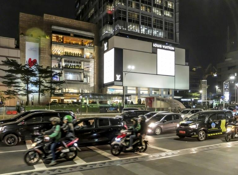 Despite worries about Jakarta's notorious traffic congestion, authorities say the implementation of an odd-even licence plate system is already bearing results