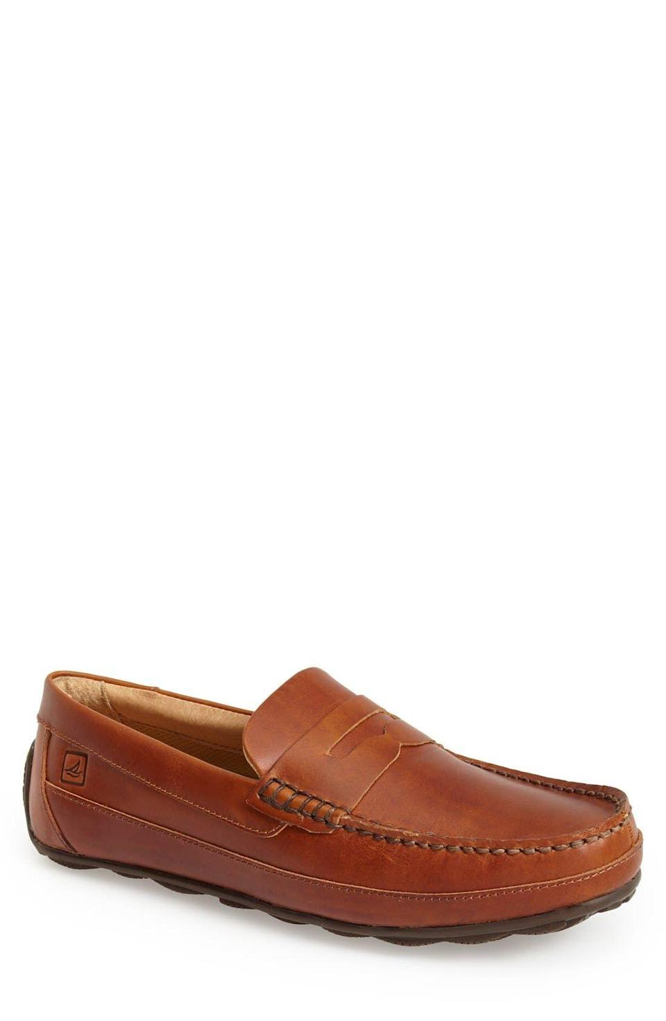 """<p><strong>SPERRY</strong></p><p>nordstrom.com</p><p><strong>$99.95</strong></p><p><a href=""""https://go.redirectingat.com?id=74968X1596630&url=https%3A%2F%2Fshop.nordstrom.com%2Fs%2Fsperry-hampden-penny-loafer-men%2F3912548&sref=https%3A%2F%2Fwww.esquire.com%2Fstyle%2Fmens-fashion%2Fg28186249%2Fbusiness-casual-shoes%2F"""" rel=""""nofollow noopener"""" target=""""_blank"""" data-ylk=""""slk:Shop Now"""" class=""""link rapid-noclick-resp"""">Shop Now</a></p><p>If you're not looking to overdo the latter half of """"business casual,"""" a penny loafer is your friend. Wear it jeans and a sports jacket, or tapered slacks and sleek sweater, and you're all set. </p>"""