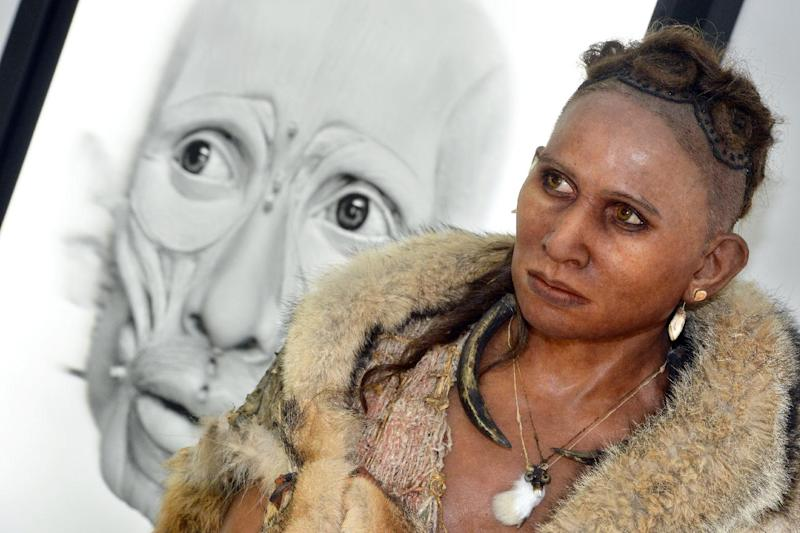 """A reconstruction of """"The woman from the Pataud Shelter"""" by visual artist Elisabeth Daynes is pictured on November 7, 2014 in Bordeaux (AFP Photo/Mehdi Fedouach)"""