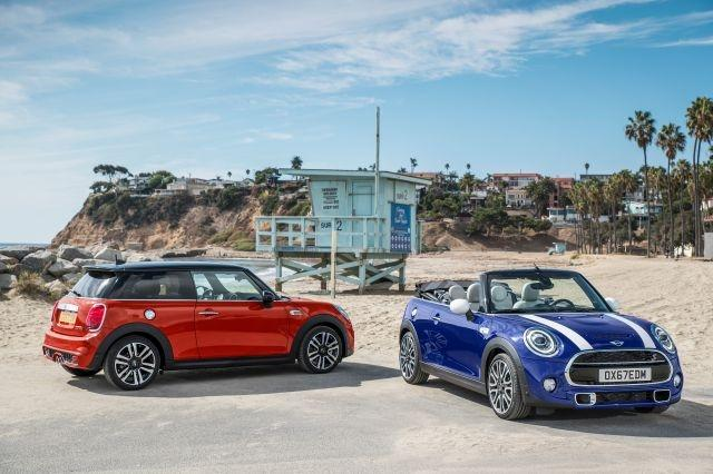 Mini reveals facelifted 2018 hatch and convertible