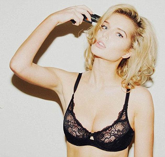 Sexy Helen Flanagan pics: This ill timed snap got Helen into all sorts of trouble. Copyright: [Twitter]