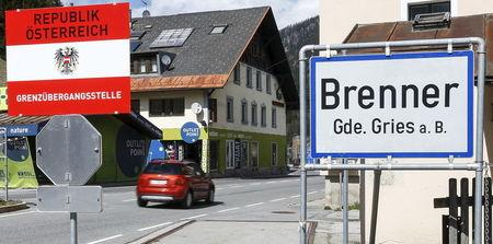 "A sign reading ""Republic of Austria - border control"" is seen at Brenner on the Italian-Austrian border, Italy, April 12, 2016. Picture taken April 12, 2016.    REUTERS/Dominic Ebenbichler"