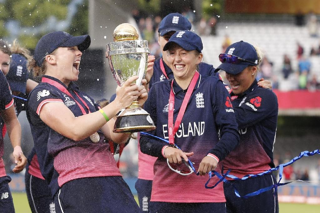 <p>The first five editions of the Women's World T20 had been held alongside their male counterparts. Men's matches often followed women's matches at the same ground. While that meant more coverage for the women's tournament, they were typically overshadowed by the men. The first standalone Women's World T20 was held in West Indies, in 2018. West Indies and India topped the groups but lost in the semi-finals. Australia won the trophy for the fourth time, beating England easily by 8 wickets in the final. Alyssa Healy was named Player of the Series for her 225 runs (strike rate 144) and 8 dismissals, while her 3/22 and unbeaten 33 earned Ashleigh Gardner the Player of the Match award in the final. </p>
