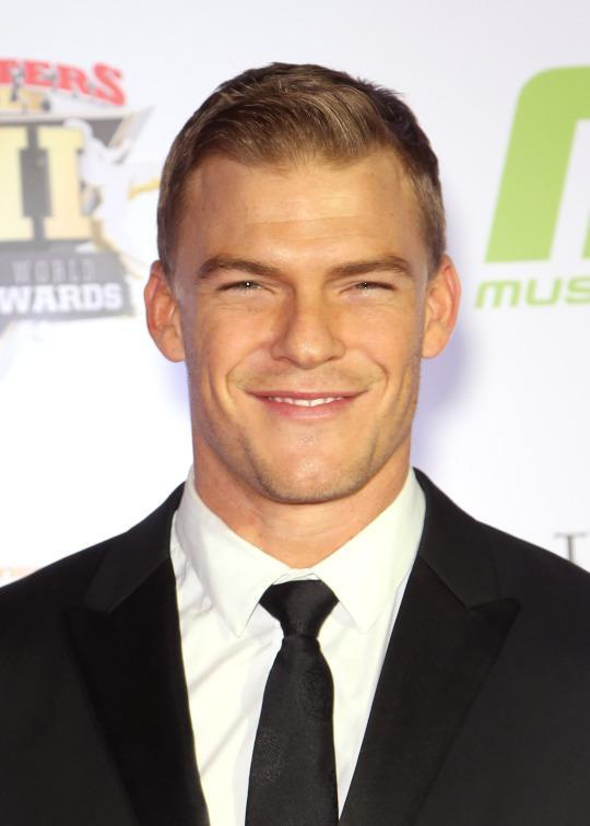 <p>Alan's first memorable TV appearance was a Season 3 striptease in an effort to seduce the impressionable Paula Abdul. That effort only got him to the top 87, but he went to play Aquaman on the CW's 'Smallville' and Thad Castle on Spike TV's 'Blue Mountain State,' and has also had film roles in 'The Hunger Games: Catching Fire' and the 2014 remake of 'Teenage Mutant Ninja Turtles.'</p>