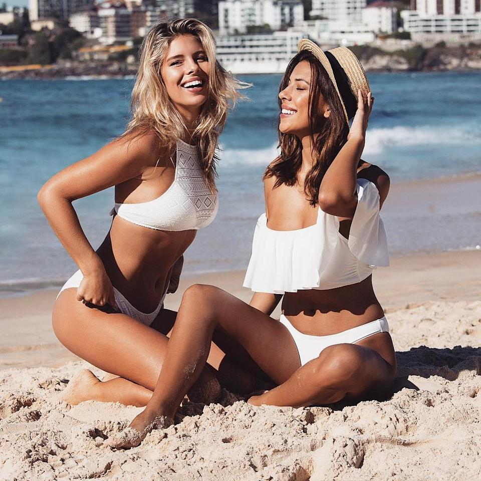 Tricks For Taking An Amazing Photo In A Bikini—Seriously